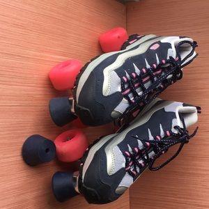 Tennis shoe roller skates